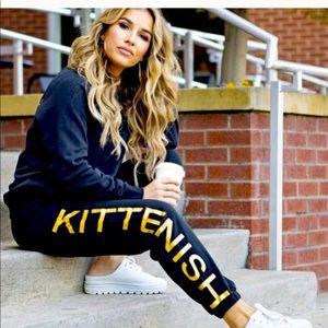 Kittenish black jogger set